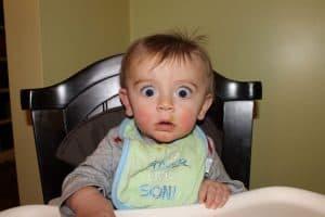 sare-in-mancare-de-bebelusi-alimentatia-copiilor